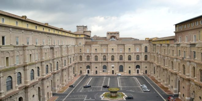 The Vatican Closes Its Museums Again